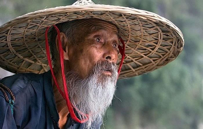 Китаец в шапке